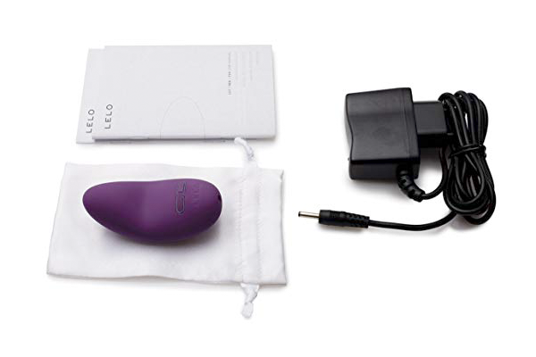 lelo lily packaging